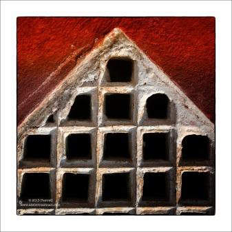 Square Symetrics